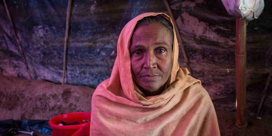 Oxfam in Asia - Bangladesh - Surviving Daily Life Inside a Refugee Camp
