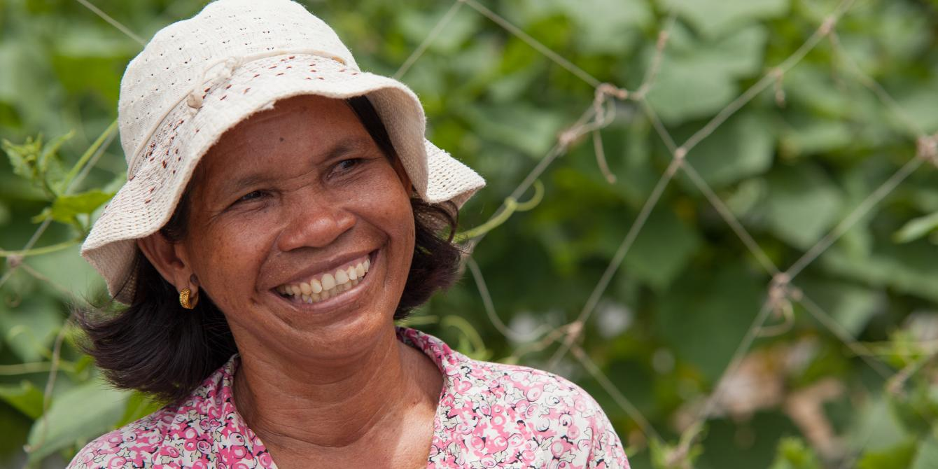 Mrs. Pech Sae, is a good example of how farmers are adapting to the change in rainfall. She recently switched from rice to a rotation of different vegetables. In her small plot of land she is now growing cucumbers. By selling her vegetables at the market, she can now sustain her whole family.