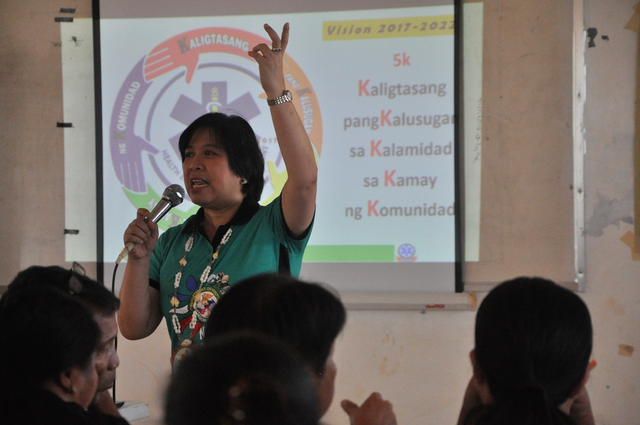 DOH-HEMB National Director Dr. Balboa discussed the importance of having a Barangay Health Response. (Text and photos by Joan Odena/Oxfam)
