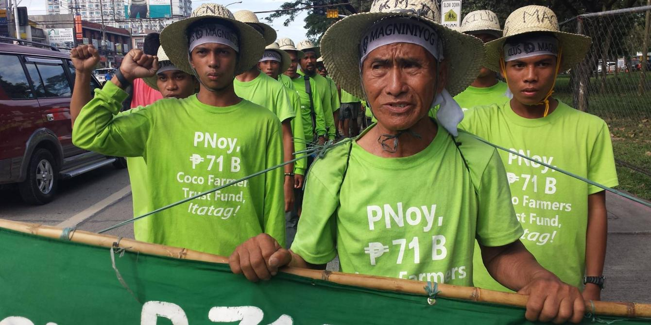 Farmers pushing for the release of the 71 million peso coco levy fund marched for 1,750 kilometers from Mindanao to Luzon in behalf of the 3.5 million coconut farmers across the country (Photo: Rhea Pauline Catada)