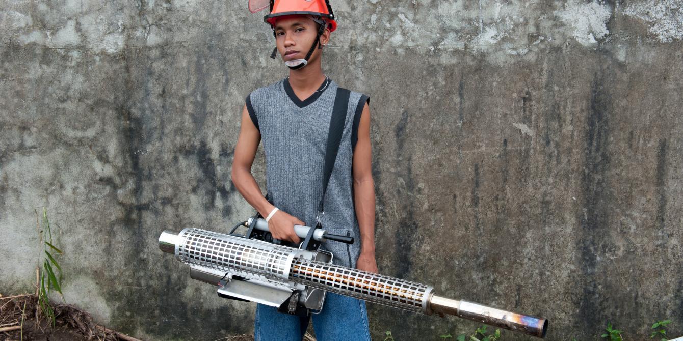 Jomtel Dolina (18) Fogging Machine Operator in Tacloban. (Photo: Eleanor Farmer/Oxfam)