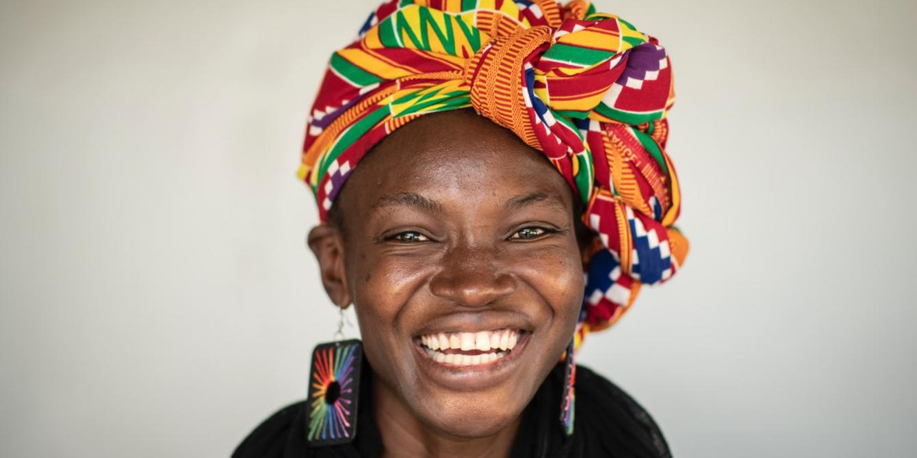 Épiphanie is a young activist and slammer who defends the rights of women and warns about the restriction of civic space in Chad. Credit : Sylvain Cherkaoui